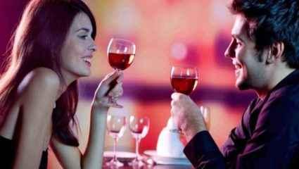 Έρευνα: Πες μας τι πίνεις για να σου πούμε… πώς κάνεις σεξ