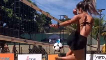 Μάθετε μπαλίτσα! Έβαλε καλάθι συνδυάζοντας βόλεϊ και ποδόσφαιρο!
