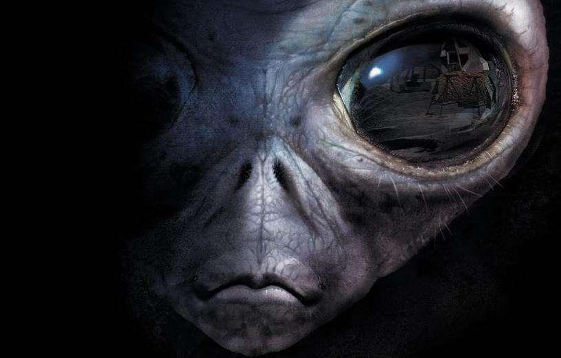"""Mαρτυρία: «Συνεργάστηκα με εξωγήινους στην """"περιοχή 51""""» (ΒΙΝΤΕΟ)"""