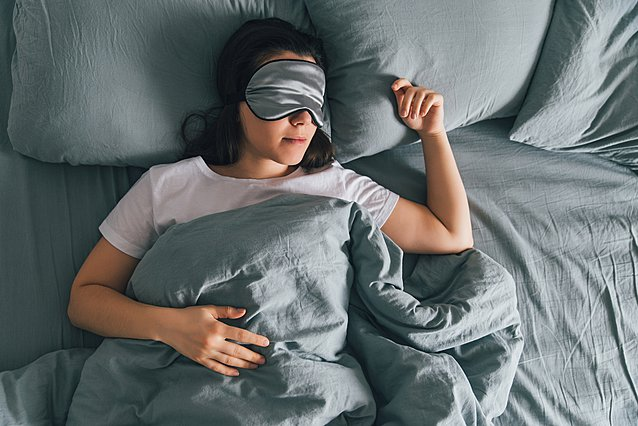 Πες μου πόσο χρόνων είσαι να σου πω πόσο πρέπει να κοιμάσαι