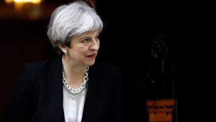 Μέι: Πιθανότερο να κατακτήσει η Αγγλία το Μουντιάλ παρά να ενταχθεί ξανά η Βρετανία στην Ευρωπαϊκή Ένωση