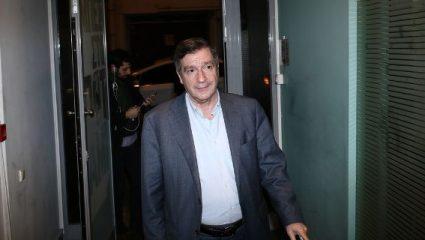 Καμίνης: «Εκατοντάδες άτομα περιφέρονται στην Αθήνα και κάνουν την ένεσή τους δημόσια»