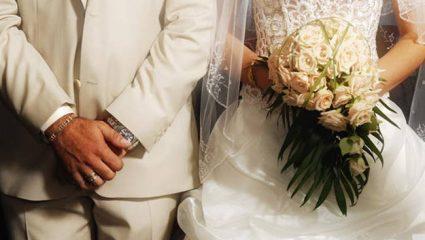 Χανιά: Toυς έκλεψαν όλα τα γαμήλια δώρα την ώρα του γλεντιού!