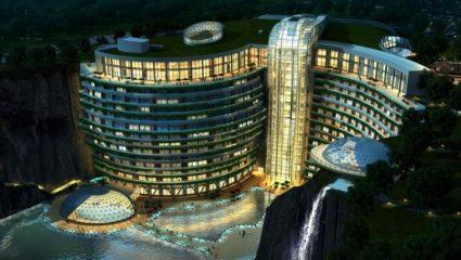 Το πρώτο ξενοδοχείο σε λατομείο!