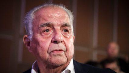 Με… Καβάφη σχολίασε την παραίτηση Κοτζιά ο Φλαμπουράρης