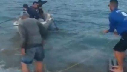 Ποδοσφαιριστές πήραν βάρκα για να πάνε σε αγώνα! – ΒΙΝΤΕΟ