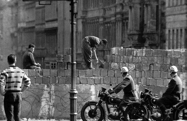 Σαν σήμερα: Το τείχος του Βερολίνου