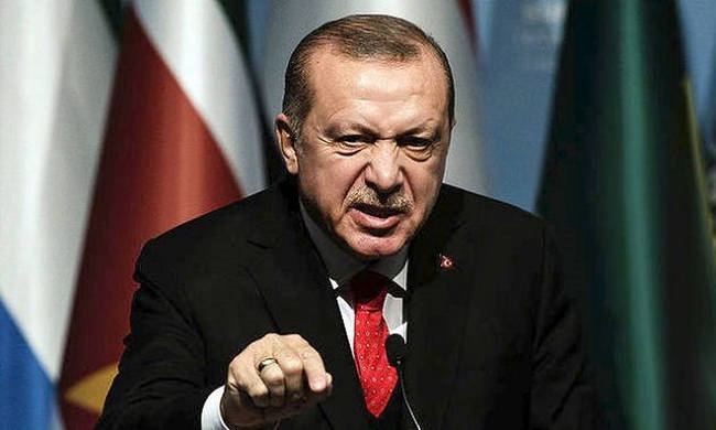 Στην Ελλάδα ψάχνει ο «Σουλτάνος» πρώην διεθνή Τούρκο ποδοσφαιριστή ύποπτο για «τρομοκρατία»