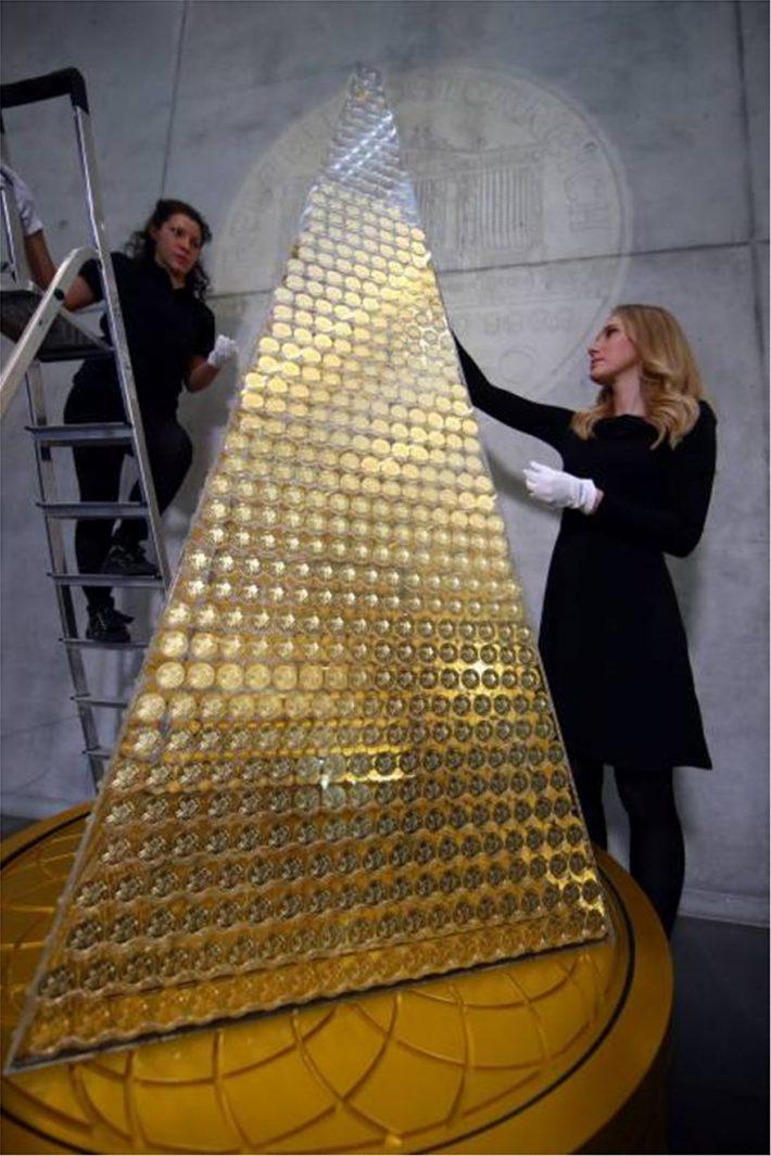 Χριστουγεννιάτικο δέντρο αξίας 2,7 εκατ. ευρώ!