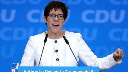 Η Άνεγκρετ Κραμπ-Καρενμπάουερ νέα πρόεδρος του CDU