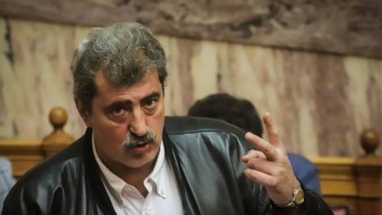 Πολάκης κατά συντρόφων του στον ΣΥΡΙΖΑ και τη «συμμορία» Μητσοτάκη