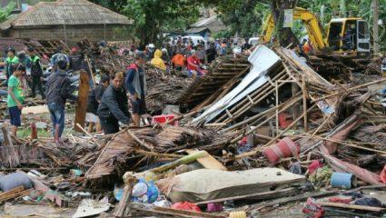 Στους 429 ανέρχονται οι νεκροί από το πρόσφατο τσουνάμι στην Ινδονησία