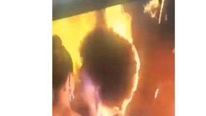 Πήρε φωτιά επί σκηνής η Μις Κονγκό στα καλλιστεία Αφρικής! – ΒΙΝΤΕΟ