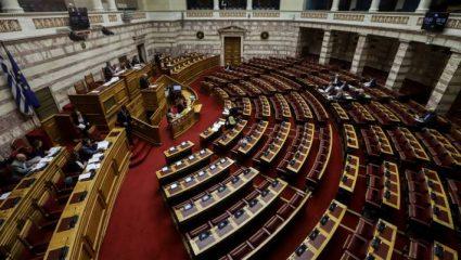 Τα… κλειδώματα στο Κοινοβούλιο και το «ξήλωμα» της Χρυσής Αυγής