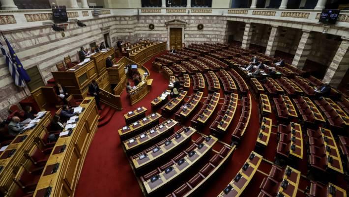 Επιταχύνονται οι διαδικασίες στη Βουλή - Την Τετάρτη η ψηφοφορία για ψήφο εμπιστοσύνης