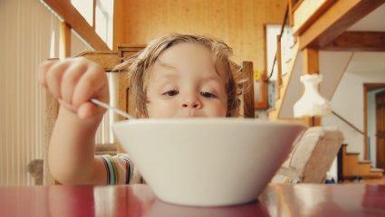 Οταν το παιδί αρνείται να φάει το φαγητό της ημέρας -To κόλπο ενός πατέρα που έγινε viral