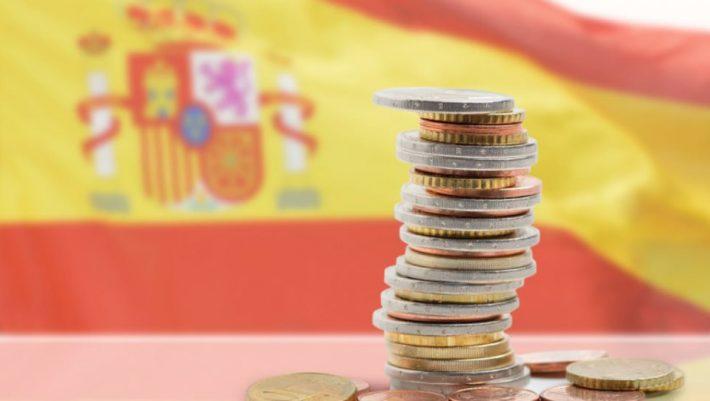 Στα 900 ευρώ αυξήθηκε ο κατώτατος μισθός στην Ισπανία