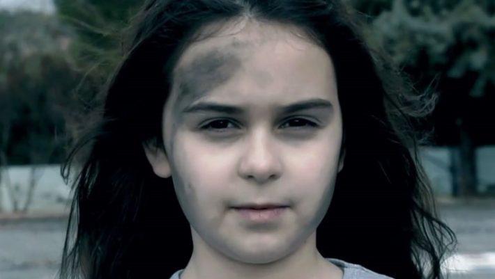 Συγκλονιστικό βίντεο από μαθητές του δημοτικού για τα τροχαία ατυχήματα