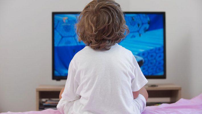 Βγάλτε την τηλεόραση από το δωμάτιό του παιδιού
