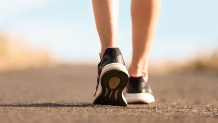 Πόσο απλό περπάτημα χρειάζεστε για να χάσετε πέντε κιλά ως το Πάσχα!