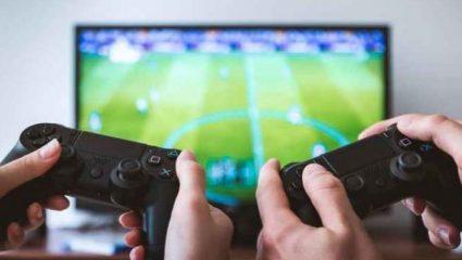 Έχει κάνει τα videogames «δεύτερο σπίτι» του: Παίζει 15 ώρες την μέρα!