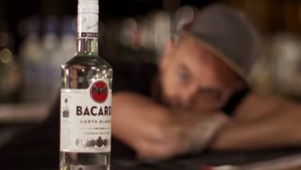 Το Bacardi αποθηκεύει ποτά πριν από το Brexit