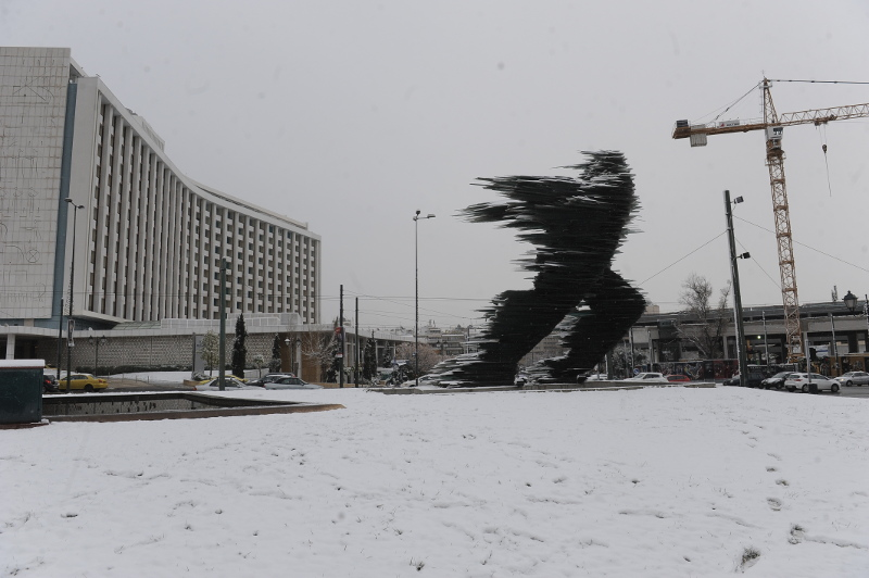 Έρχεται... χιονιάς διαρκείας: Θα το στρώσει έως τον Πειραιά και τα δυτικά προάστια!
