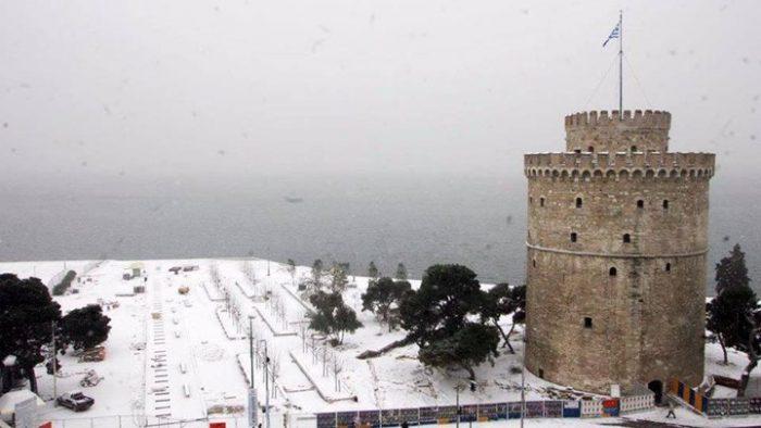 Χιόνι στην Αθήνα... τέλος, μόνο στη Θεσσαλονίκη θα το στρώσει