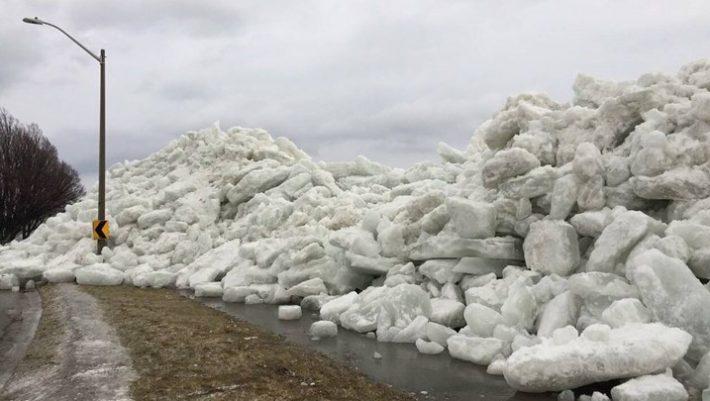 Συγκλονιστικό βίντεο από το τσουνάμι πάγου στο Οντάριο!