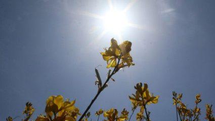 Ήλιος αλλά και βροχές παραμονή των εκλογών