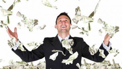 «Τα τρία στοιχεία που πρέπει να έχει κάποιος για να μην ξεμείνει ποτέ από λεφτά»