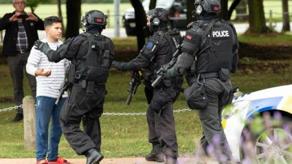 Απαγγέλθηκαν κατηγορίες σε 18χρονο επειδή αναμετέδωσε το βίντεο του μακελειού στη Ν. Ζηλανδία