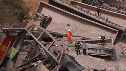 Έξι νεκροί από εκτροχιασμό τρένου στην Κίνα – ΒΙΝΤΕΟ