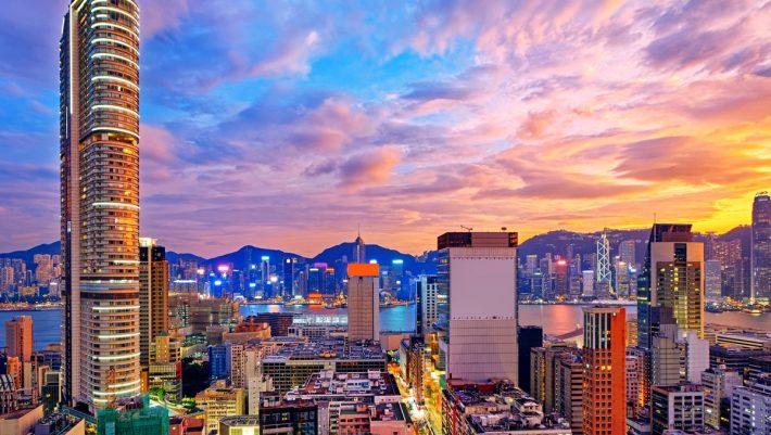 Οικιακή βοηθός στο Χονγκ Κονγκ απολύθηκε επειδή είχε καρκίνο!