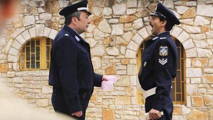 «Μας ξεφτιλίζετε»: «Εμφύλιος» στην ελληνική αστυνομία για το σποτ στο Κολοκοτρωνίτσι