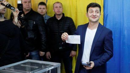 Ο κωμικός Βολοντίμιρ Ζελένσκι νέος πρόεδρος της Ουκρανίας