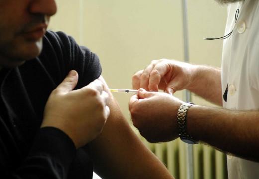 Ιατρικός Σύλλογος: «Θρηνούμε θύματα από το αντιεμβολιαστικό κίνημα - Φταίνε τα fake news»