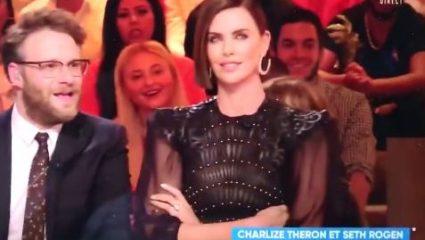 Έξαλλη η Σαρλίζ Θερόν με Γάλλο παρουσιαστή για ένα φιλί (ΒΙΝΤΕΟ)