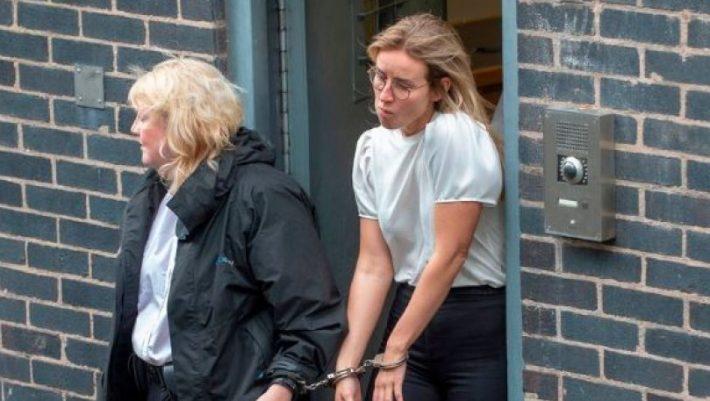 Ποινή φυλάκισης σε γυναίκα φύλακα γιατί είχε ιδιαίτερες... σχέσεις με κρατούμενο!