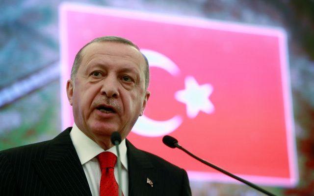 Ο Ερντογάν συνέλαβε το μισό υπουργείο Εξωτερικών του