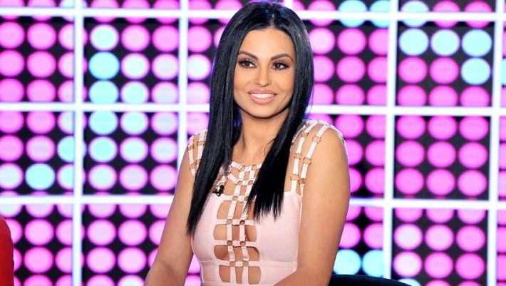 Η Δήμητρα Αλεξανδράκη αποκάλυψε το απίστευτο ποσό που πήρε για φωτογράφιση στο «Playboy»