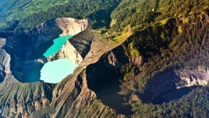 Εκπληκτικό: Οι λίμνες που αλλάζουν συνέχεια χρώμα και πως σχετίζονται με τον θάνατο (Vid)