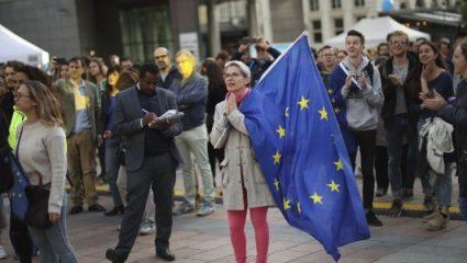 Σοκ στην Ευρώπη από την άνοδο της ακροδεξιάς σε όλη την Ευρώπη