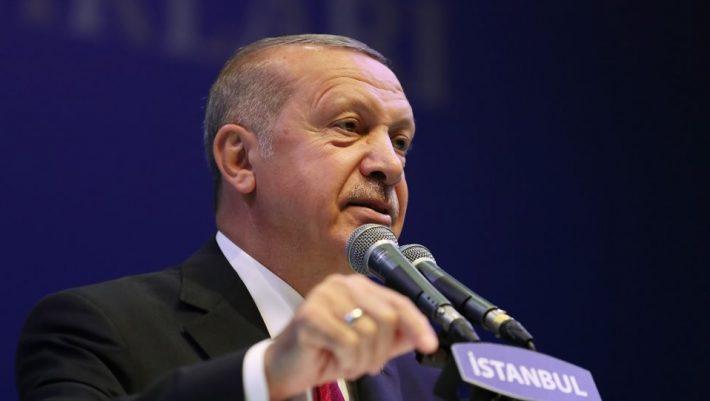 Πρόκληση Ερντογάν: Πανηγυρίζει στο Twitter για την Άλωση της Κωνσταντινούπολης