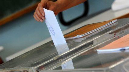 Περισσότεροι από 200 δήμαρχοι χωρίς πλειοψηφία – Εξαρτώνται από την αντιπολίτευση