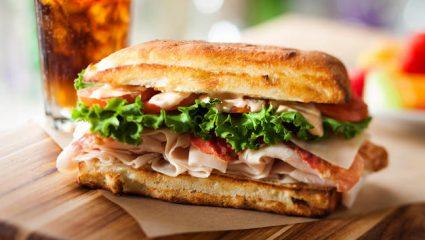 Aπό πού προήλθαν λέξεις όπως το σάντουιτς, το λιντσάρισμα και το μποϊκοτάζ;