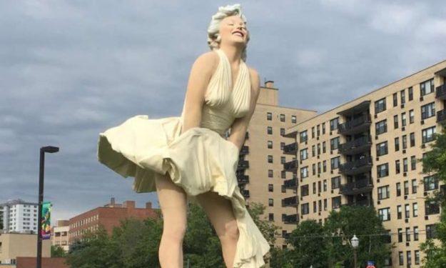 Εξαφανίστηκε το άγαλμα της Μέριλιν Μονρόε στο Χόλιγουντ