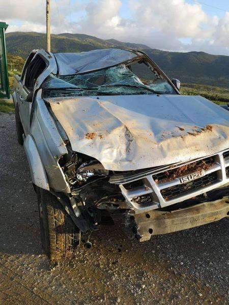 Και όμως βγήκε ζωντανός: Σοκαριστική εικόνα από το αμάξι του Άγγελου Αναστασιάδη! (pic)