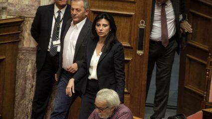 Σάλος με το «μπάτσοι, γουρούνια, δολοφόνοι» της βουλευτή του ΣΥΡΙΖΑ
