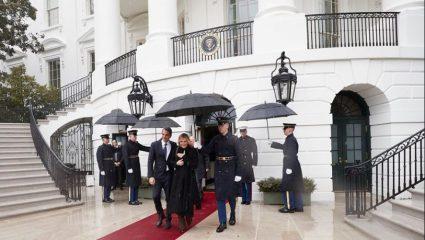 «Με είδε κανείς;»: Η… γκάφα του Μητσοτάκη στον Λευκό Οίκο που σχολιάστηκε έντονα (vid)